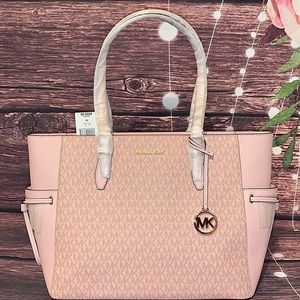MICHAEL KORS GILLY BALLET LARGE SIGNATURE TOTE